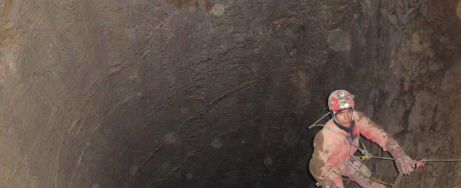 , Mesačný tieň: na méte 30 046 m, Slovenská speleologická spoločnosť